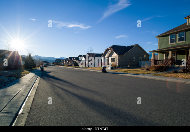 Blick auf den Sonnenuntergang vom Wohnviertel in Salida, Colorado, USA Stockbild