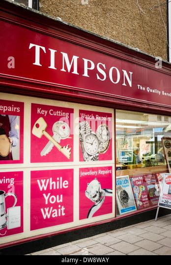 TIMPSON Shop bietet verschiedene haushaltsnahe Dienstleistungen in UK Stockbild