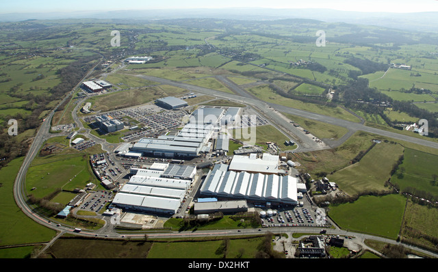 Luftbild von Bae Samlesbury British Aerospace Flugzeugfabrik und Flugplatz Stockbild