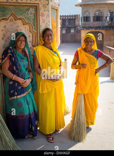 Indische Frauen bei Amer Fort, Rajasthan, Indien Stockbild