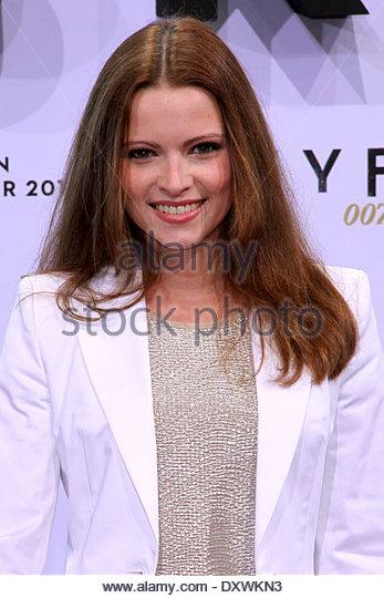 Jennifer Ulrich Premiere Of Stockfotos & Jennifer Ulrich ...