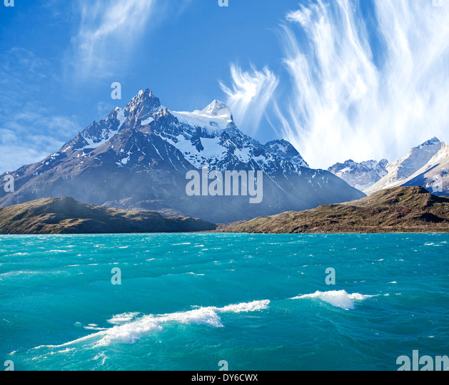 Pehoe Bergsee Los Cuernos (The Horns), Nationalpark Torres del Paine, Chile. Stockbild