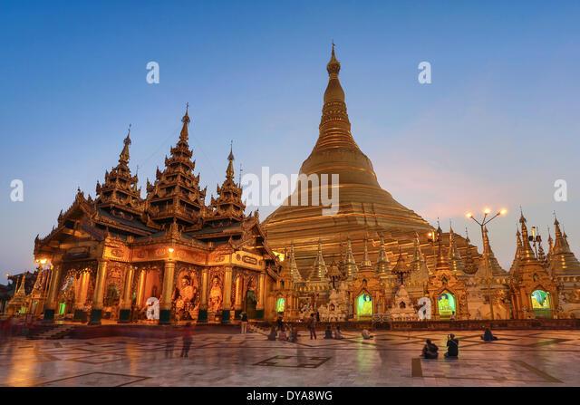 Myanmar Burma Asien Shwedagon Yangon Rangun Architektur Buddha Buddhismus sauber bunte Goldene Pagode Religion Skyline Stockbild