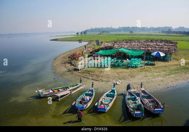 Amarapura, Mandalay, Myanmar, Burma, Asien, Thaungthaman, Boote, See, Fluss, Shop, Terrasse Stockbild