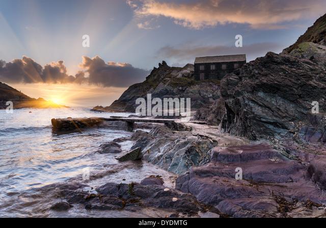 Der Strand von Polperro historischen Fischerdorf an der südlichen Küste von Cornwall - Stock-Bilder