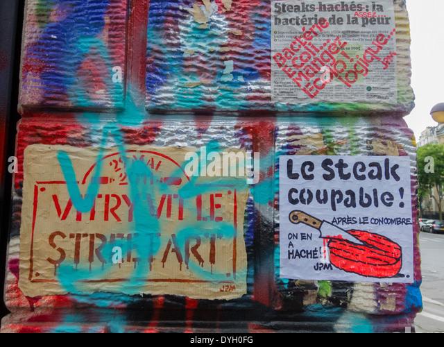 Paris, Frankreich, französische Graffiti Künstler Malerei Wand, Poster-Bio-Lebensmittel Stockbild