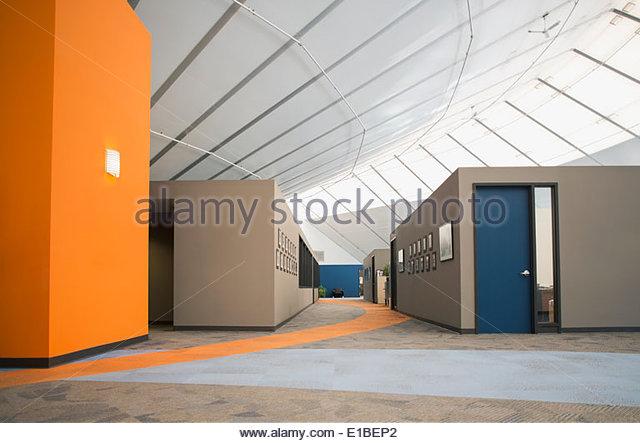 Leeres moderne Büro Stockbild