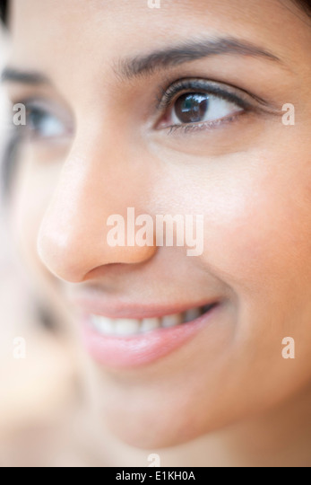 MODEL Release Close up Portrait einer Frau lächelnd. Stockbild