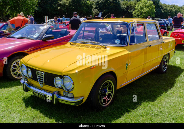 Alfa Romeo Giulia Super auf dem Display an Bromley Pageant of Motoring jährliche Oldtimer-Show. Stockbild