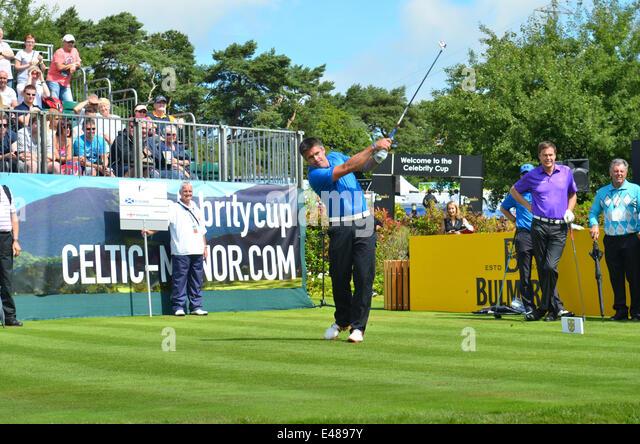 Golf.The Promi-Cup. Celtic Manor Resort in Wales.Kenny Logan abschlägt. Robert Timoney/AlamyLiveNews Stockbild