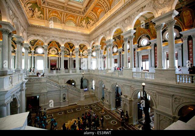 WASHINGTON D.C. - 23. Mai 2014: Besucher in der Lobby von der Library of Congress in Washington D.C. Die Library Stockbild
