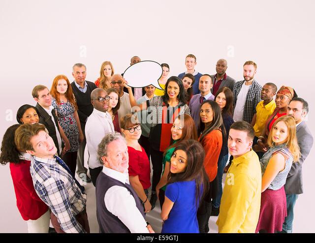 Geschäftsleute, die umliegenden Geschäftsfrau mit Sprechblase Stockbild