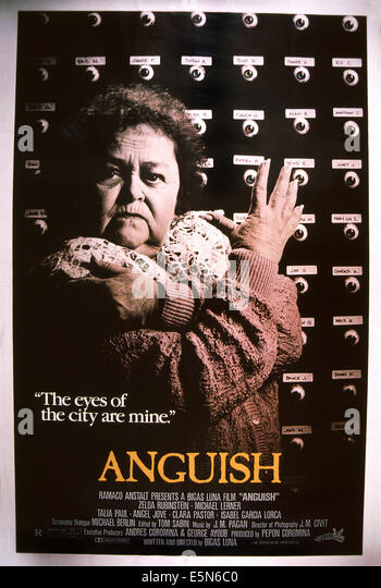 Angst, (aka ANGUSTIA), Zelda Rubinstein, 1987, © International Spectrafilm/Courtesy Everett Collection Stockbild