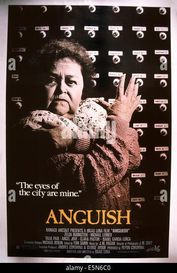 Angst, (aka ANGUSTIA), Zelda Rubinstein, 1987, © International Spectrafilm/Courtesy Everett Collection Stockbild
