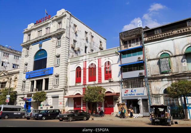 Pansodan Street, Yangon (Rangoon), Myanmar (Burma), Asien Stockbild