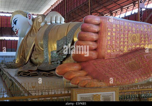 Chauk Htat Kyi Reclining Buddha, Yangon (Rangoon), Myanmar (Burma), Asien Stockbild