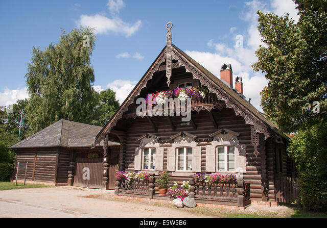 russian house stockfotos russian house bilder alamy. Black Bedroom Furniture Sets. Home Design Ideas