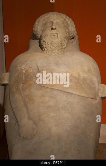 Phönizische Menschenaffen Sarkophag - 5. Jahrhundert v. Chr., Museum der Provinz Cádiz, Region Andalusien, Stockbild