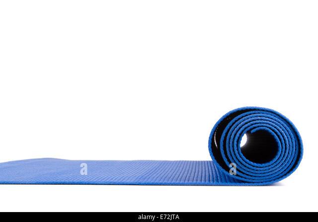 Seitenansicht des blauen offenen Yoga-Matte Übung isoliert auf weißem Hintergrund. Stockbild