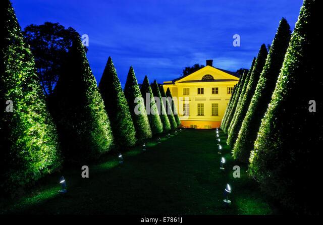 Gunnebo Slott, Nachtbeleuchtung, Mölndal, Schweden. Stockbild