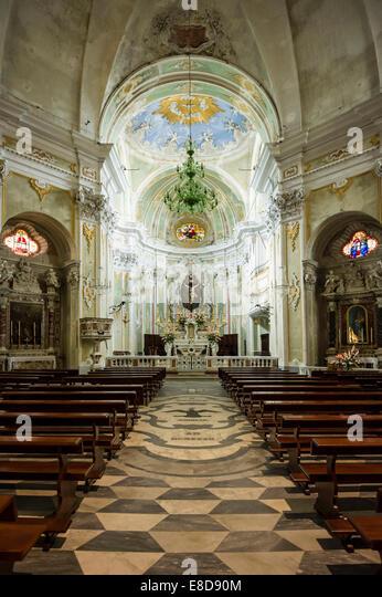 Barocke Kirche von San Matteo, Laigueglia, Ligurien, Italien Stockbild