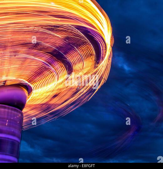 Bewegungsunschärfe der Karussell-Spinnerei Stockbild