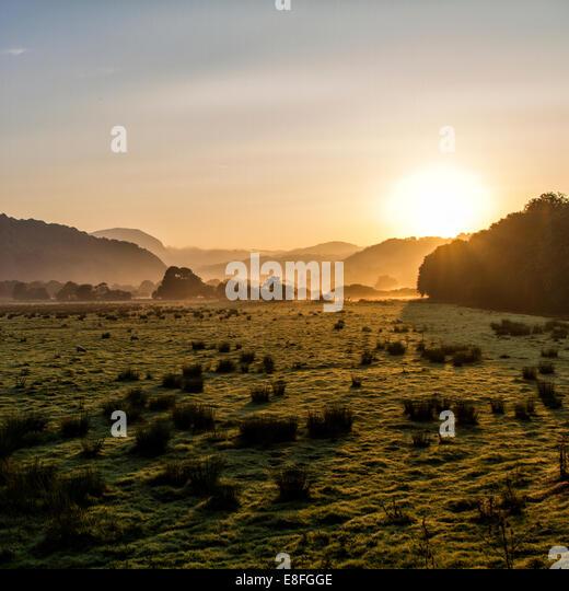Landschaft bei Morgensonne Stockbild