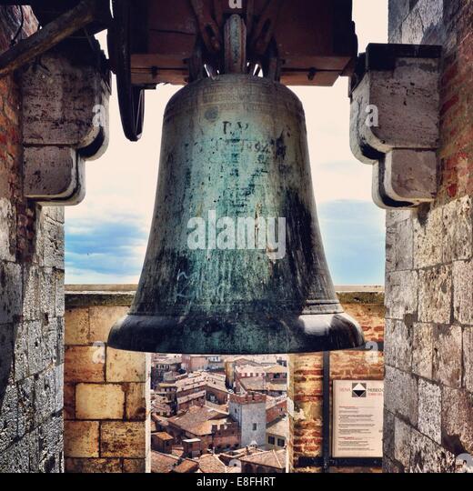 Italien, Toskana, Siena, Bell in Torre del Mangia Stockbild