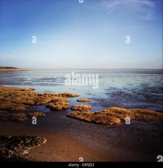 England, Lancashire, Seascape an sonnigen Tag Stockbild