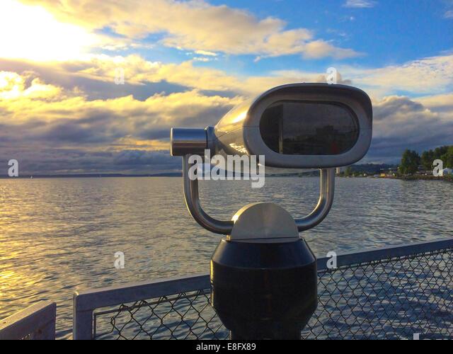 USA, Washington State, Snohomish County, Edmonds, Admiral Weg, Puget Sound Sonnenuntergang am Pier 70 Stockbild