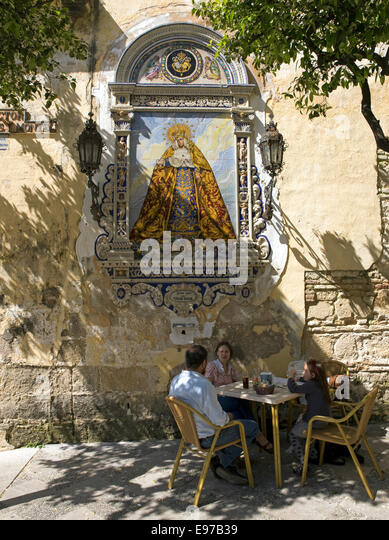 Außen-Café in der alten Stadt Jerez De La Frontera Stockbild