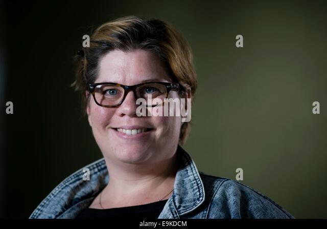 Britische Schauspielerin, Komikerin und Autorin Katy Brand erscheint das Edinburgh International Book Festival. Stockbild