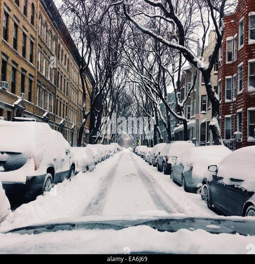 Brooklyn, verschneite Nachbarschaft Stockbild