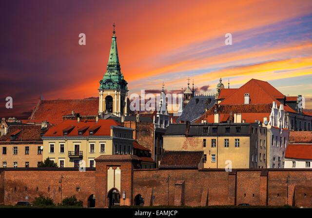 Sonnenuntergang über der Altstadt von Torun, Polen. Stockbild