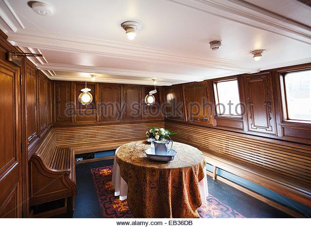 Im Inneren der Nomadic Schiff Titanic Belfast. Stockbild