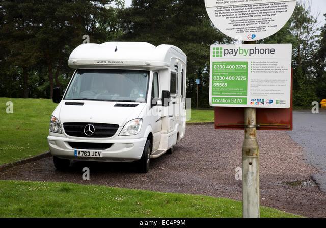 Taunton Deane Dienstleistungen; M5; Van geparkt; UK Stockbild