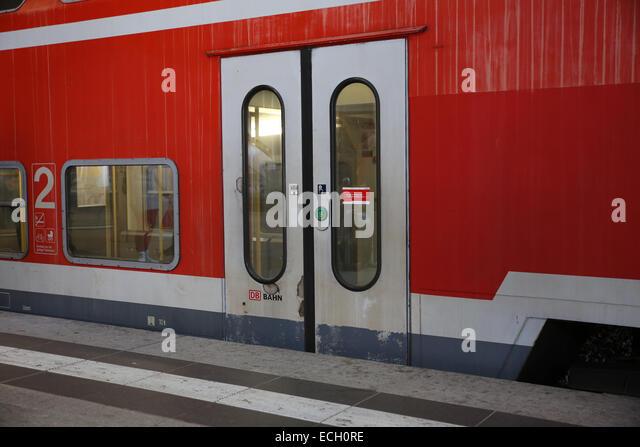 Tür schließen Db Bahn Deutsche Bahn zu trainieren Stockbild