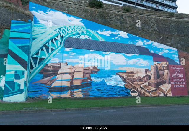 Fluss tragen Wandbild des lokalen Künstlers Frank Styles, Sunderland, Nord-Ost-England, UK Stockbild