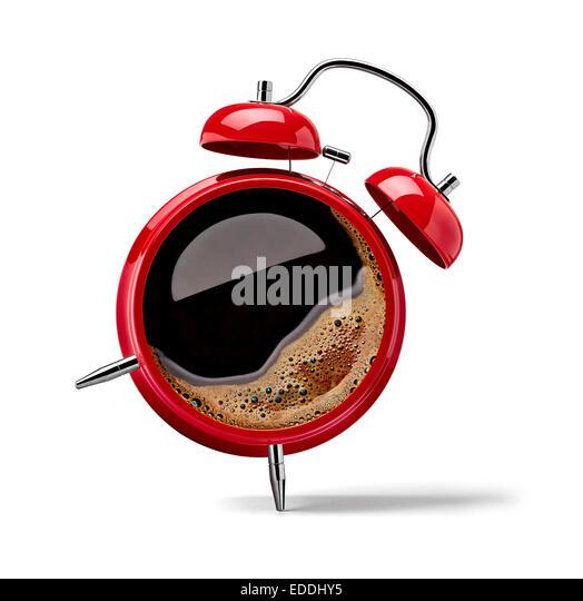 Roter Alarm Clock mit schwarzen Kaffee Stockbild