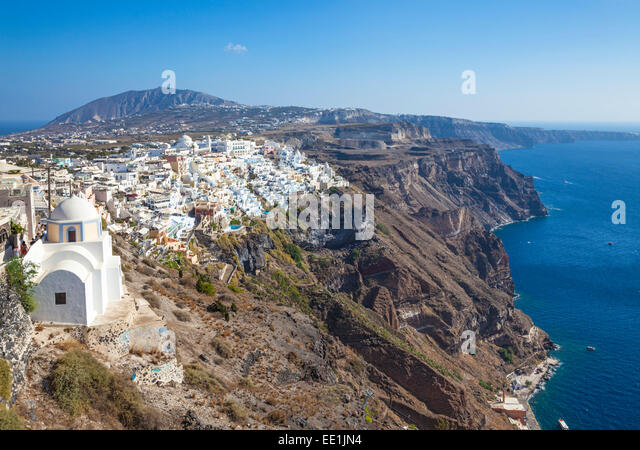 Stadt Fira und griechischen Kirche Saint Stylianos, Firostefani, Santorini (Thira), Kykladen, griechische Inseln, Stockbild