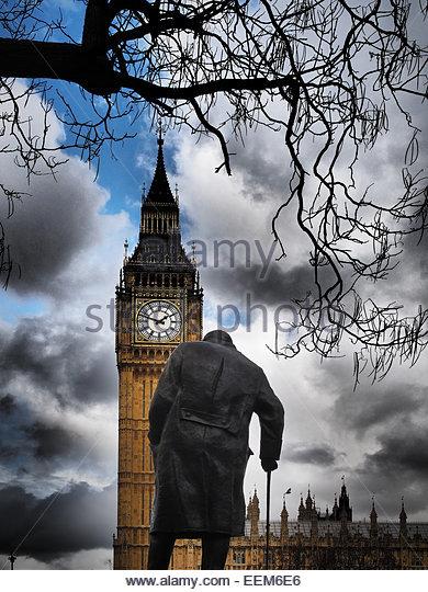 Großbritannien, England, London, Ansicht von Big Ben und Churchill statue Stockbild