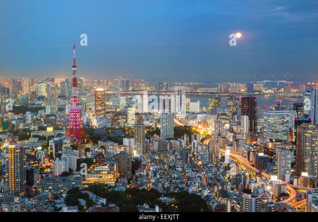Tokio bei Nacht Stockbild