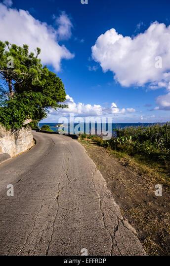 Lesser Antilles, Grenadinen, Karibik, Antillen, Bequia, Küstenstraße Stockbild
