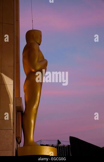 Oscar-Statue, Hollywood Boulevard - zwei Tage vor der Oscar-Verleihung - Los Angeles, Kalifornien Stockbild