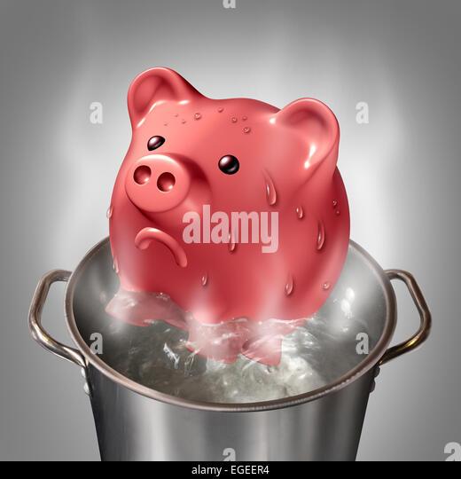 Finanzielle Hitze Geschäftskonzept als ein Sparschwein in einem Topf mit heißem kochendem Wasser als Symbol Stockbild