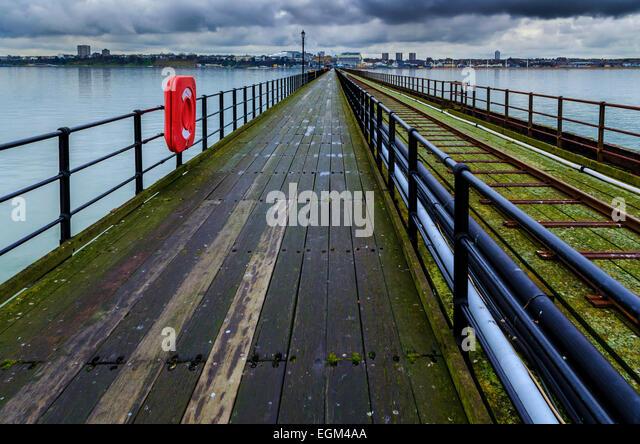 Southend Pier, der längsten Mole in der Welt, Southend-on-Sea, Essex Stockbild