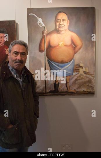 London, UK. 1. März 2015. Kaya Mar mit seiner Malerei von Alex Salmond gekleidet in die Saltire. Die Ausstellung Stockbild