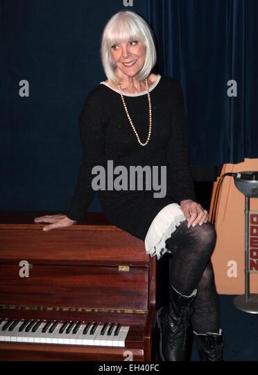 Die britische Schauspielerin und Tänzerin, Aimi MacDonald, aufgenommen im Kinomuseum, Kennington Werbe Fotografie. Stockbild