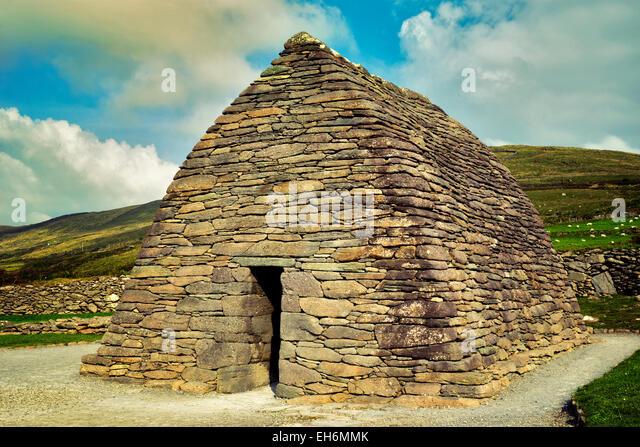 Gallarus Oratorium und Wolken. Slea Head Drive. Dingle Halbinsel, Irland Stockbild