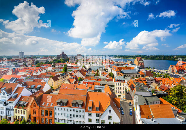 Rostock, Deutschland, alte Stadt Skyline. Stockbild
